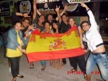 Yogyakarta con Shinta y cia celebrando la Eurocopa