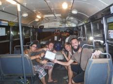 Surfeando autobuses.